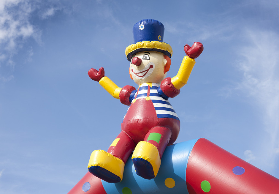 Vanlig Cirkus med clown