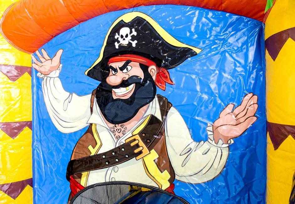 Jumpy Glad Pirat