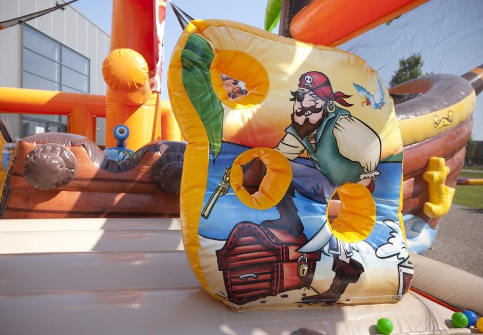 Mega Pirat Slagsmål